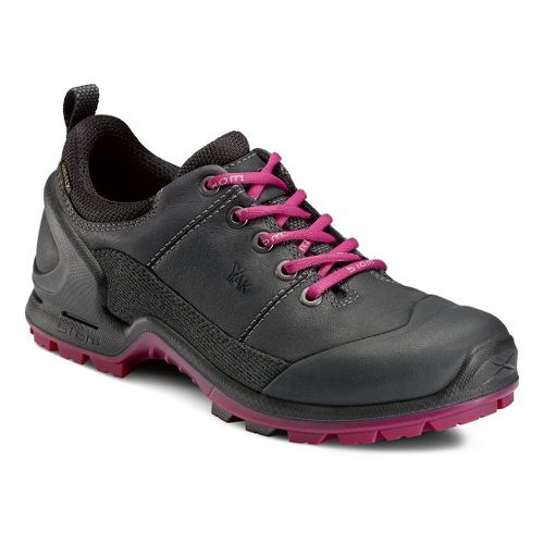 Womens Ecco USA Biom Terrain-AKKA GTX Lo Hiking Shoe - Black/Fuchsia 36