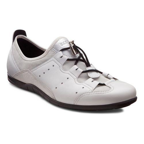 Womens Ecco USA Bluma Toggle Casual Shoe - White/Shadow White 42