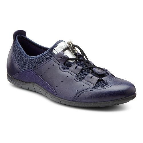Womens Ecco USA Bluma Toggle Casual Shoe - Black/Black 36