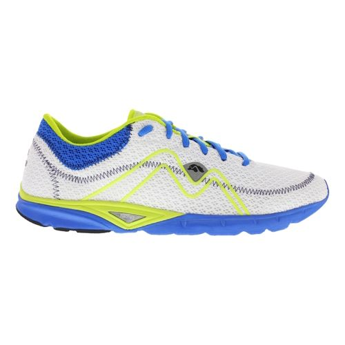 Mens Karhu Flow Light Fulcrum Running Shoe - White/Light Blue 11.5