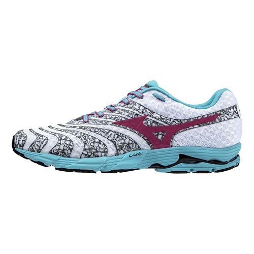 Womens Mizuno Wave Sayonara 2 Running Shoe - White/Pink 7.5