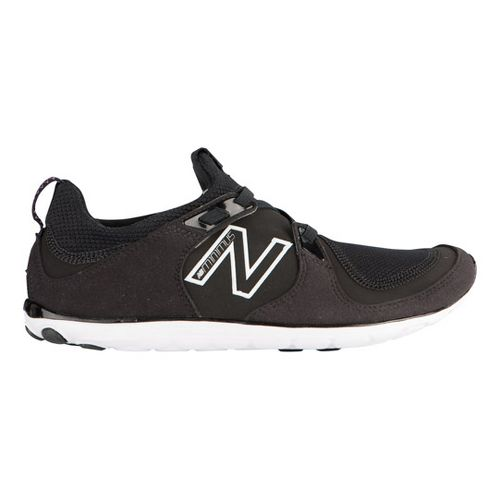 Womens New Balance Minimus 10 Life Casual Shoe - Black/White 6.5