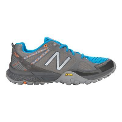 Womens New Balance 889 Hiking Shoe