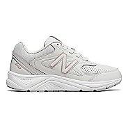 Womens New Balance 840v2 Running Shoe