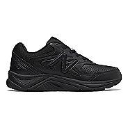 Womens New Balance 840v2 Running Shoe - Black/Black 6.5