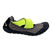 Womens Nike Studio Pack Cross Training Shoe