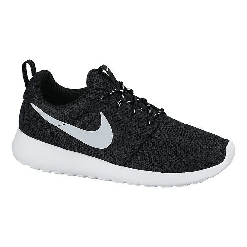 Womens Nike Roshe Run Casual Shoe - Black 7