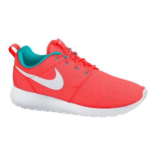 Womens Nike Roshe Run Casual Shoe - Pink 8.5