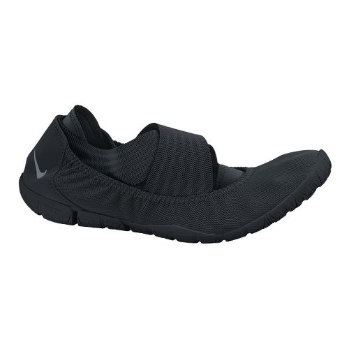 Womens Nike Studio Wrap Pack 2 Cross Training Shoe - Black/Grey 7
