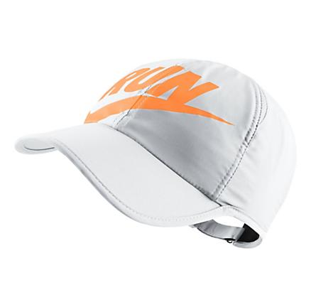 Womens Nike Run Swoosh Featherlight Cap Headwear