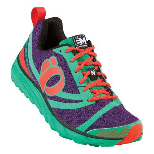 Womens Pearl Izumi EM Trail N 2 Trail Running Shoe - Blackberry/Black 11