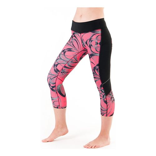Womens Skirt Sports Redemption Capri Tights - Exotic Print/Black XS