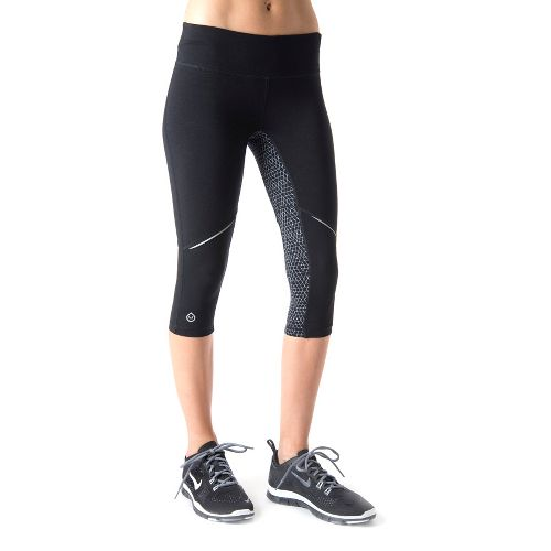 Womens Tasc Performance Surprise Stripe 1/2-Capri Tights - Black/Storm Hex Print XL