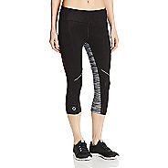 Womens Tasc Performance Surprise Stripe 1/2-Capri Tights