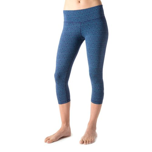 Womens Tasc Performance NOLA Crop Hex Print Capri Tights - True Navy/Surf's Up L