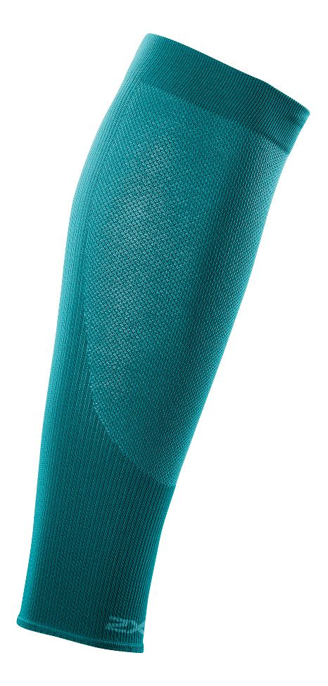 2XU Compression Performance Run Sleeve :: Proprietary knit structure with highly breathable panels for increased airflow and moisture management. Graduated compression to promote increased circulation during activity and recovery through proprietary Compression Fit Technology and knit structure. Engineered fabric and knit structure for multiple, zoned functionality: graduated fit, consistent pressure zone and muscle containment.   This web exclusive item ships separately within the continental U.S. only. You can count on this item to ship in 3-5 business days!