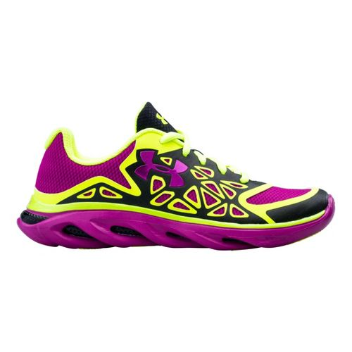 Kids Under Armour Girls GS Spine Surge Running Shoe - Black 5.5