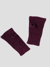 The incredibly soft Irresistible Neska Fingerless Mittens are the perfect ...