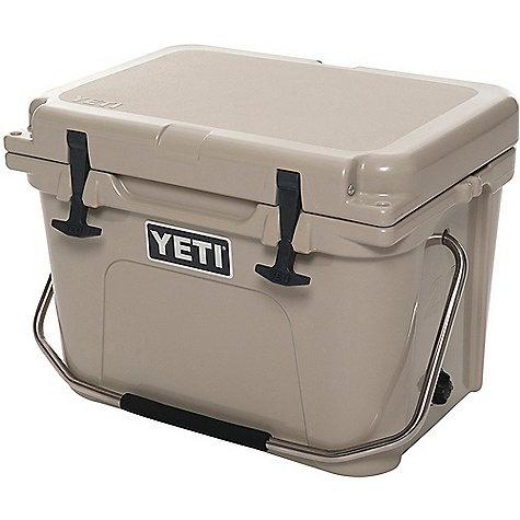 YETI Roadie 20 Cooler 2480359