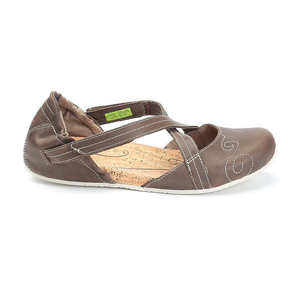 Image of Ahnu Women's Karma Latitude Leather Shoe - 6 - Alder Bark
