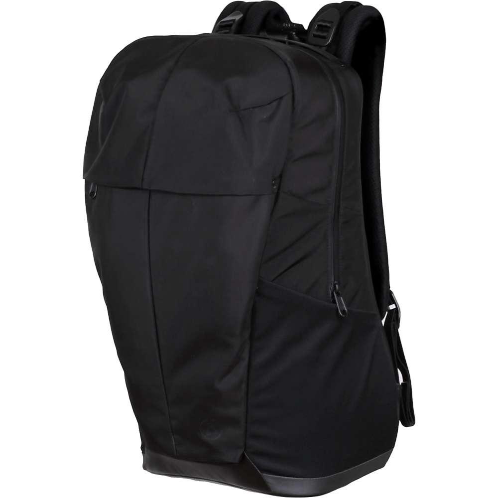 Image of Alchemy Equipment 25L Softshell Daypack