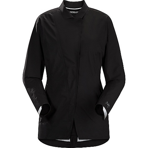 Click here for Arcteryx Womens A2B Hardshell Blazer prices