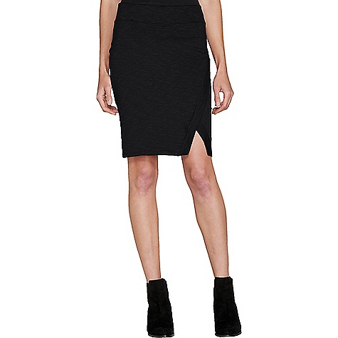 Toad & Co Women's Moxie Skirt Black Toad & Co Women's Moxie Skirt - Black - in stock now. FEATURES of the Toad & Co Women's Moxie Skirt Pencil silhouette Quick in pocket at right waistband seam stash pocket Asymetrical front panel with notch at hem