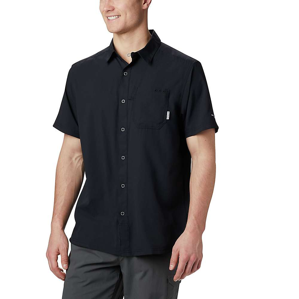 Columbia Men's Slack Tide Camp Shirt - Large - Black