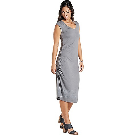 Toad & Co Women's Muse Dress Smoke Border Print Toad & Co Women's Muse Dress - Smoke Border Print - in stock now. FEATURES of the Toad & Co Women's Muse Dress Stretch movement OEKO-TEX 100 Quarter-cap sleeve Patch side pocket Adjustable draw cord along right side