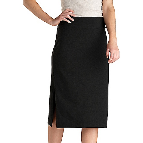 Toad & Co Women's Samba Paseo Midi Skirt Black Toad & Co Women's Samba Paseo Midi Skirt - Black - in stock now. FEATURES of the Toad & Co Women's Samba Paseo Midi Skirt Moisture-wicking Bluesign certified fabric Oeko-Tex 100 certified fabric Elastic self-waistband Hidden secure stash pocket at top of waistband Body contouring silhouette Fabric Details 55% Organic Cotton, 39% Tencel, 6% Spandex