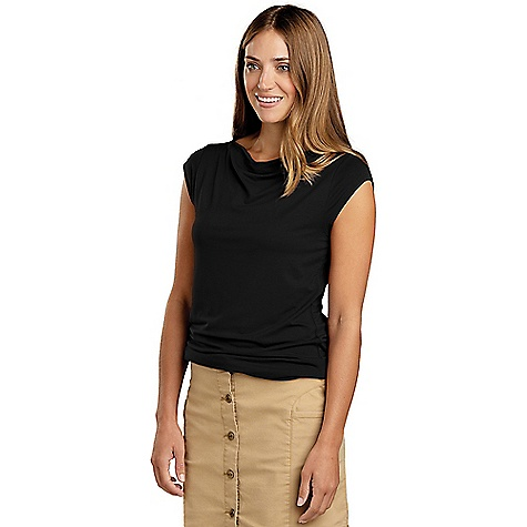 Toad & Co Women's Susurro Duo SS Tee Black Toad & Co Women's Susurro Duo SS Tee - Black - in stock now. FEATURES of the Toad & Co Women's Susurro Duo Short Sleeve Tee Moisture-wicking Breathable Double layer bodice Fabric Details 95% Micromodal, 5% Spandex