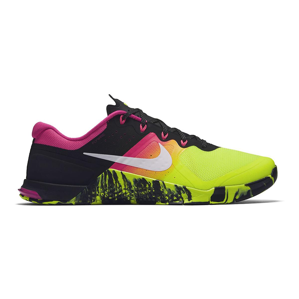 premium selection 225bc d6e95 Men s Nike MetCon 2 at Road Runner Sports