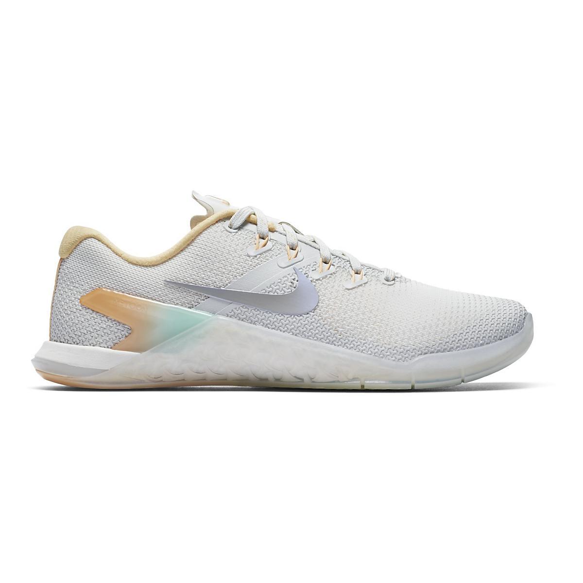 9b6031551216e Womens Nike Metcon 4 Rise Cross Training Shoe at Road Runner Sports