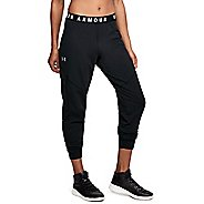 Womens Under Armour Favorite Utility Cargo Pants - Black/Tonal M