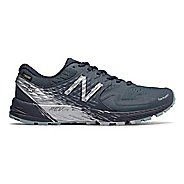Womens New Balance Summit Q.O.M. GTX Trail Running Shoe
