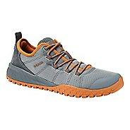 Mens Columbia Fairbanks Low Casual Shoe - Grey/Orange 12
