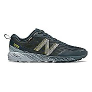 Womens New Balance Summit Unknown GTX Trail Running Shoe