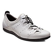 Womens Ecco Bluma Toggle Casual Shoe - White/Shadow White 41