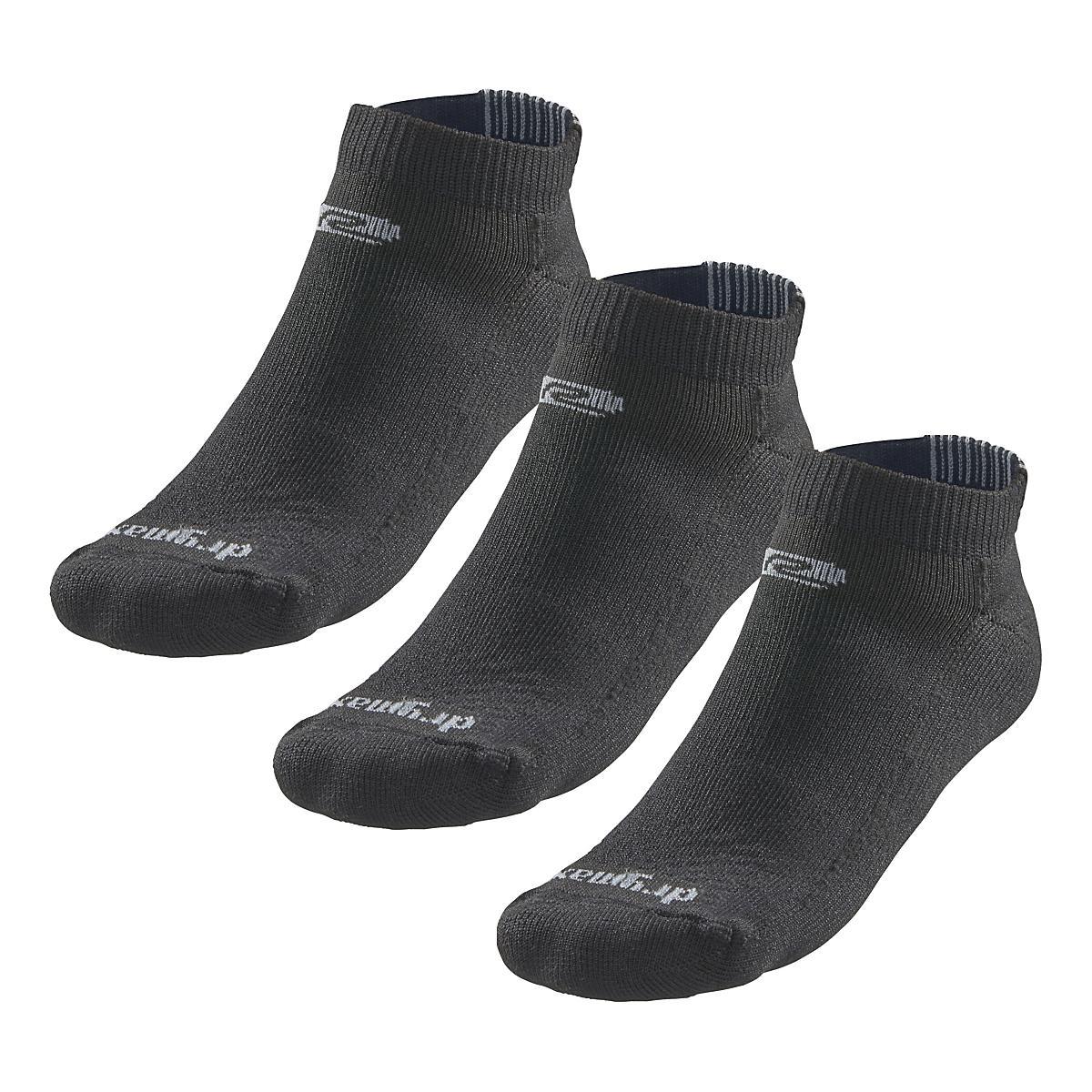 f62c226f20 Road Runner Sports Super Breathable Medium Cushion Low Cut 3 pack Socks at  Road Runner Sports